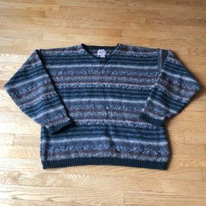 Woolrich VTG Men's size large sweater multi color